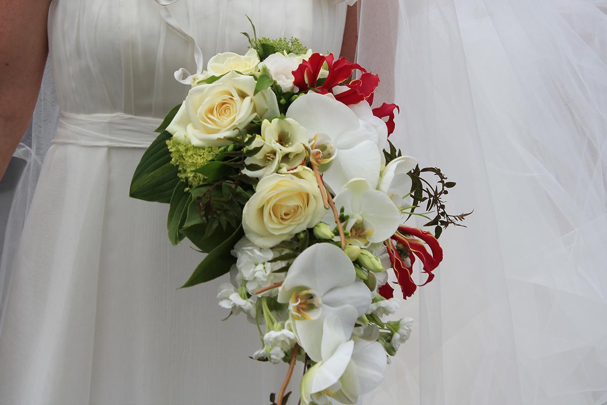 Fleurs de mariage bouquets table voiture glise - Bouquet table mariage ...