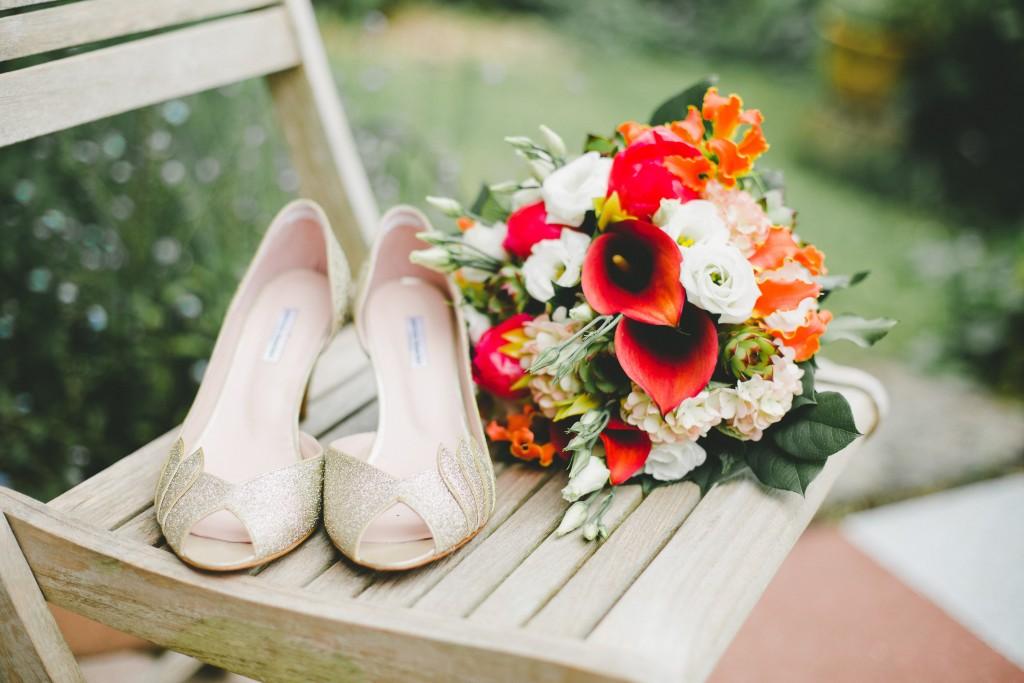 bouquet sur chaise fleurodet